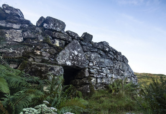 Reading the ruins: consolidating the broch of Caisteal Grugaig