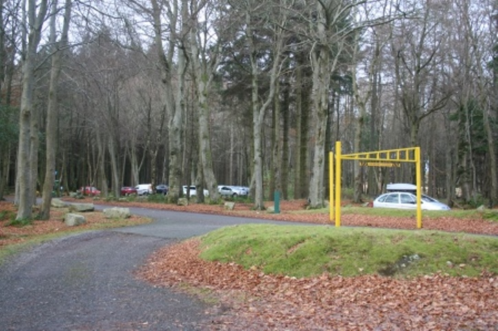 Main entrance to Counteswells woodland car park