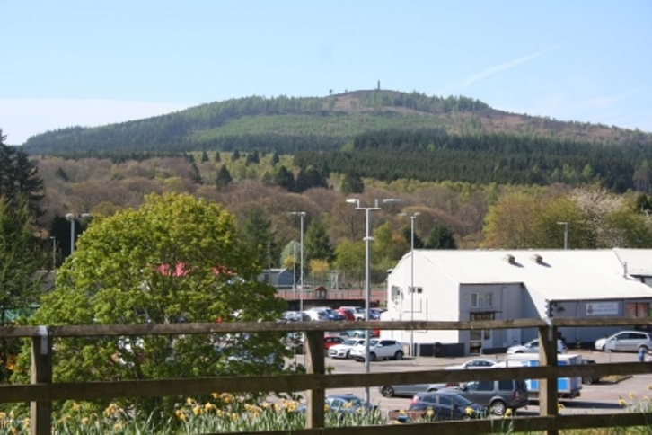 Scolty hill and Blackhall seen from Banchory