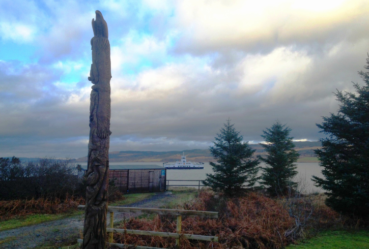 Totem pole and landscape at Fishnish